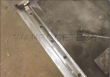 High precisjon straight square rail